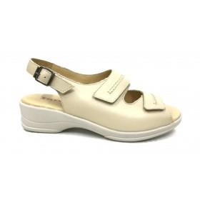 Flex&go 62 4579 sandalia mujer beig, piel, cierre con velcros y hebilla lateral, piso de goma con cuña 4 cm