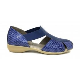 Flex&go 63B 3382-1 sandalia cerrada mujer, azul marino, piel nubuck y culebrilla charol, con elásticos y piso goma con cuña
