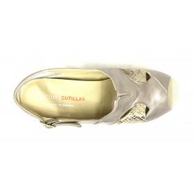 Doctor Cutillas 02 53657 Pico, Sandalia mujer beig metalizado y serpiente, plantilla extraíble con cuña 3 cm y hebilla