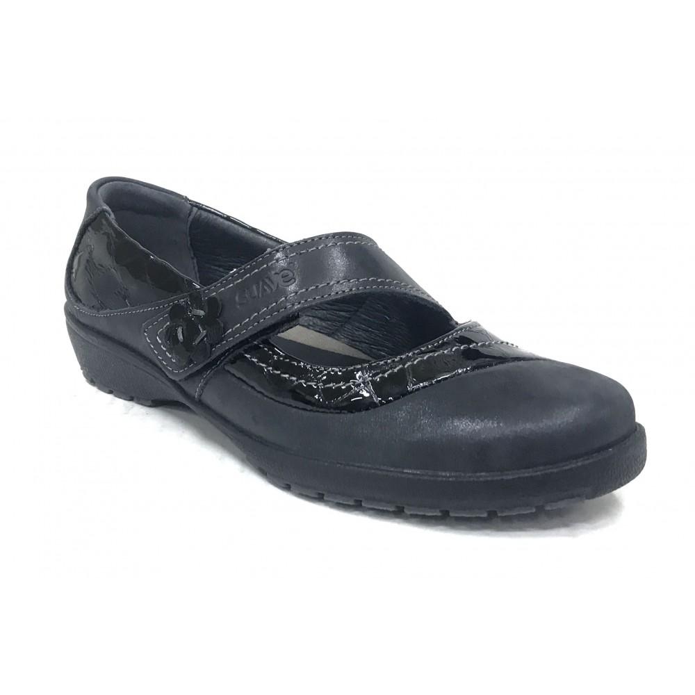 Suave 64A 3019 Cinder Negro, Mercedes de Mujer, piel y charol, cierre con velcro, piso de goma con cuña de 2,5 cm y plantilla