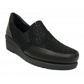 Flex&Go 63B ST0205 Dublín Negro, mocasín de piel, pala grabada brillo, elásticos empeine, cosido y con cuña